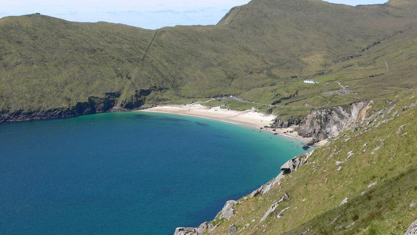 http://www.achill-holiday.com/images/photos/keem-bay-2.jpg
